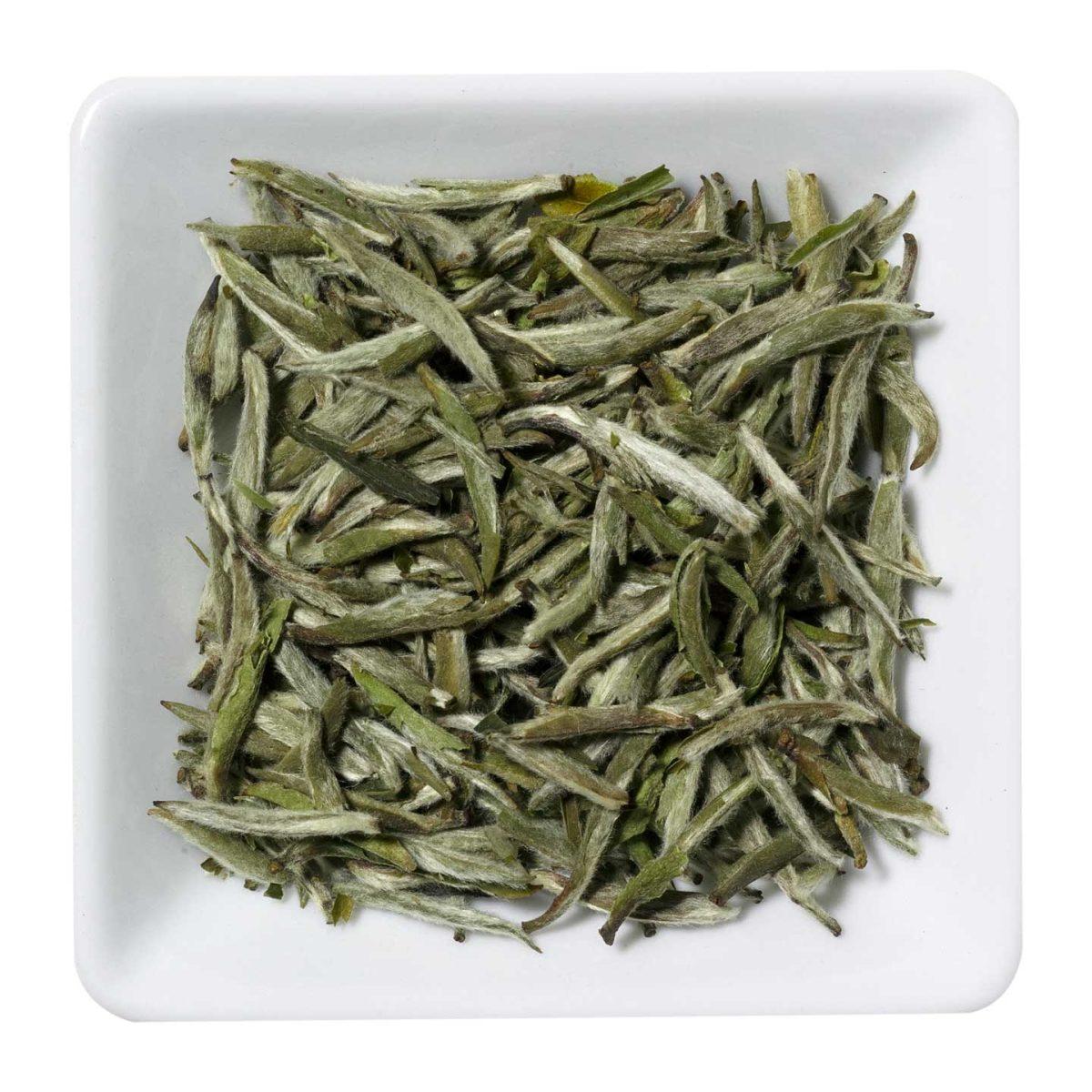 China Yin Zhen ( Silver Needle)
