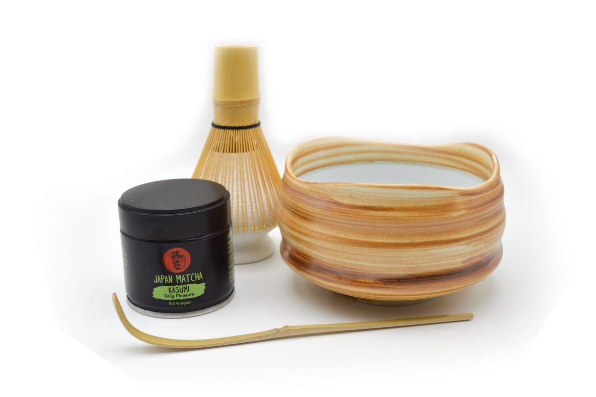 KIT prepare Matcha Kasumi Organic format din bol, ceai matcha, pamatuf si lingurita